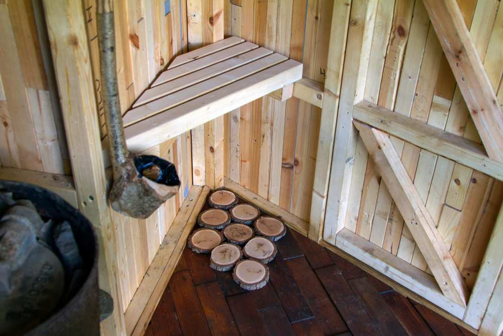 designer_holiday_tree_sauna_woods_building_designers