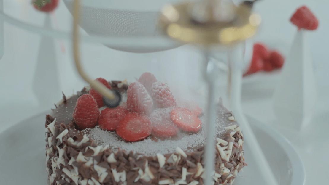sweet_machine_sugar_cake_fortnum_mason_automata_design_paula_arntzen
