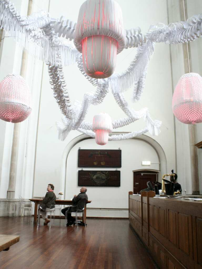 paper_sculplture_lighting_installation_events_paula_arntzen