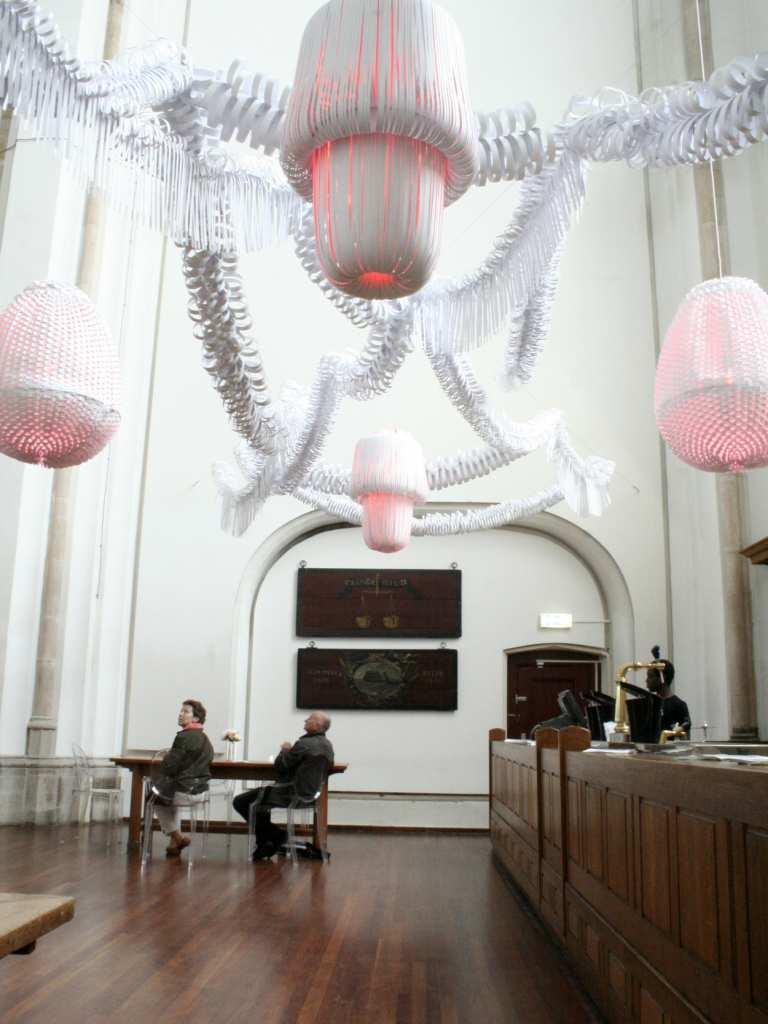 paper_sculplture_lighting_installation_events_paula_arntzen