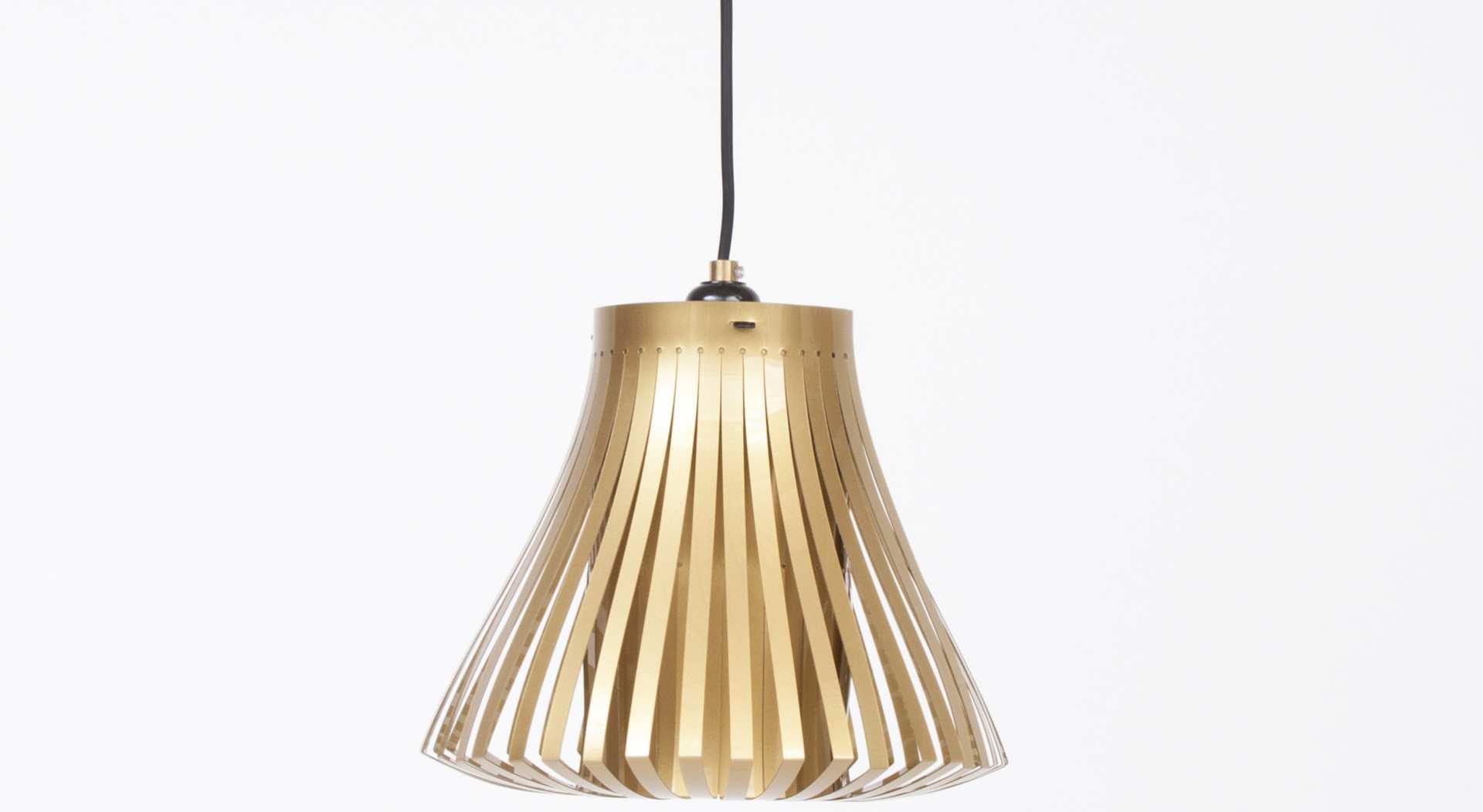Trias_pendant_light_design_paula_arntzen_gold